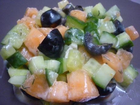 Tartare concombre melon olives